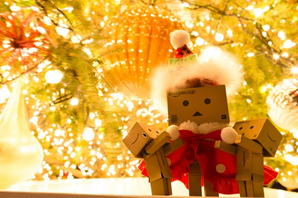 Danbo Santa Claus by Takashi Hososhima via CC BY-SA 2.0